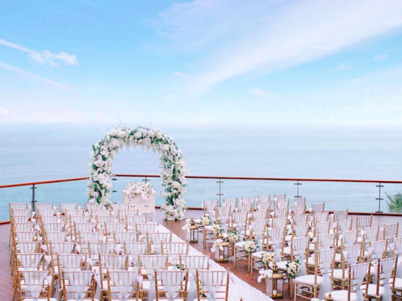 the venue the edge bali super romantic venue for wedding