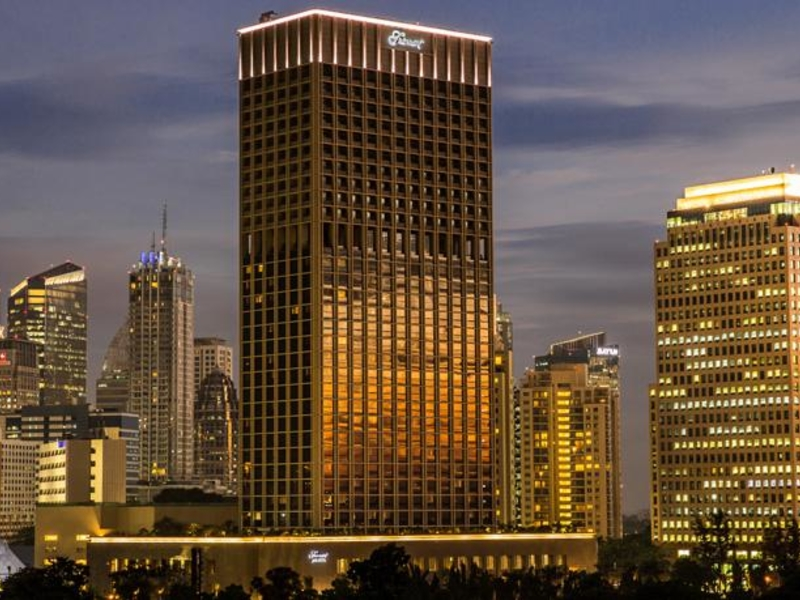 view restaurant and bar fairmont hotel jakarta