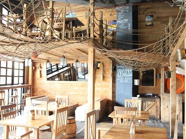 the den of kalaha american style restaurant jakarta