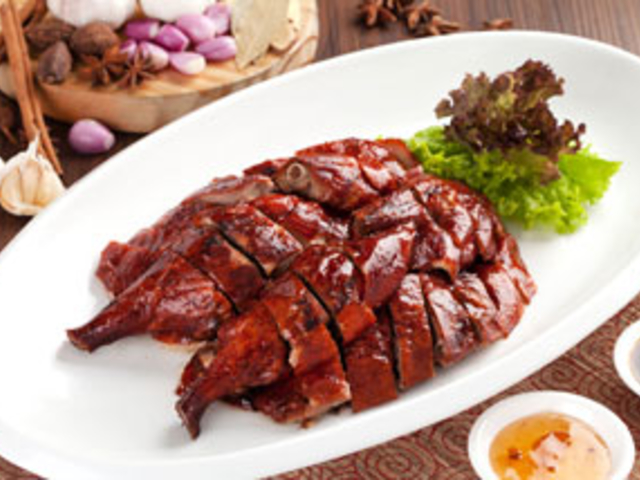 the grand duck king signature best chinese food restaurant central jakarta