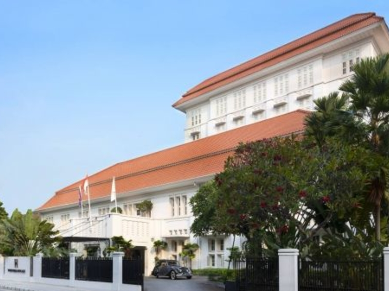 the hermitage cigar room christmas event package central jakarta