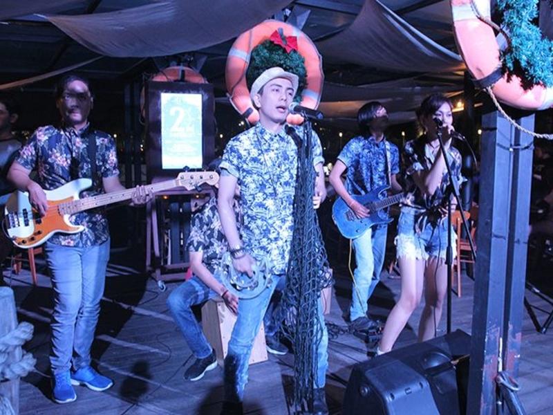 the pier by kalaha live music bar north jakarta