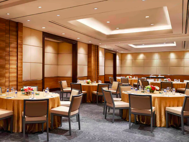 the residence onfive corporate meeting space jakarta