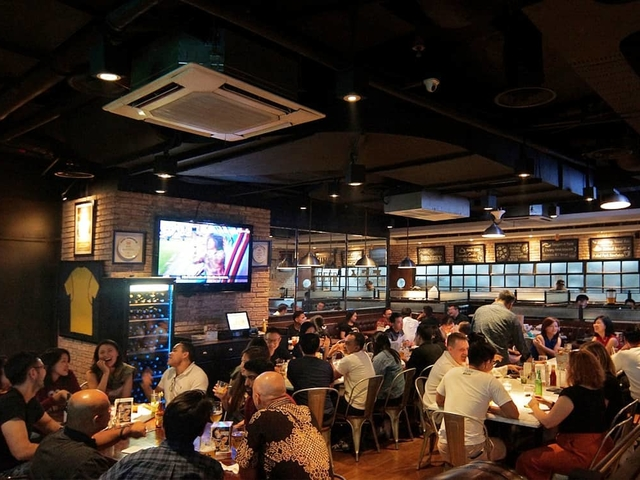 brewerkz restaurant bar senayan city things to do in jakarta