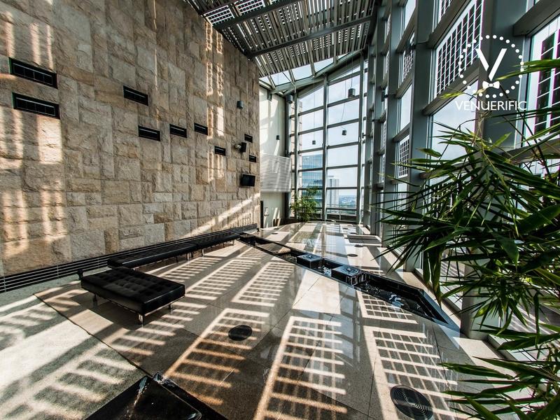 meeting room including sky gardens at helios by biopolis