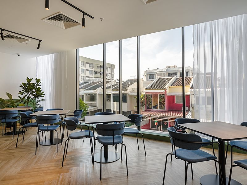 coworking area for brainstorming with landmark view