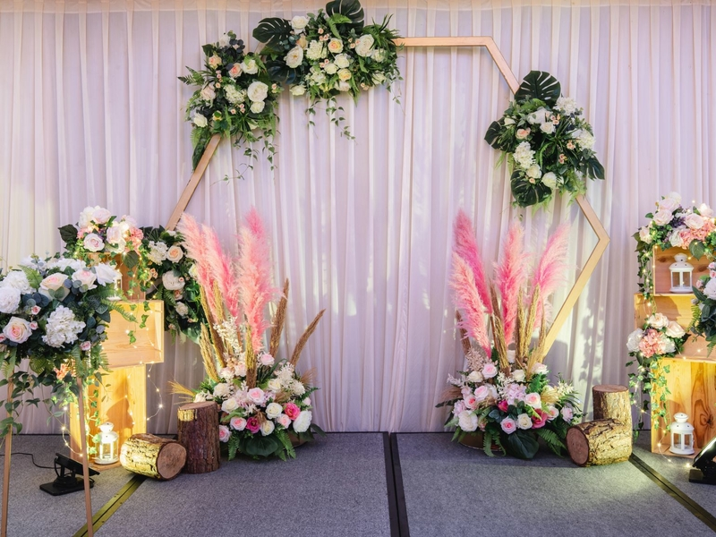 photobooth flower decoration for engagement
