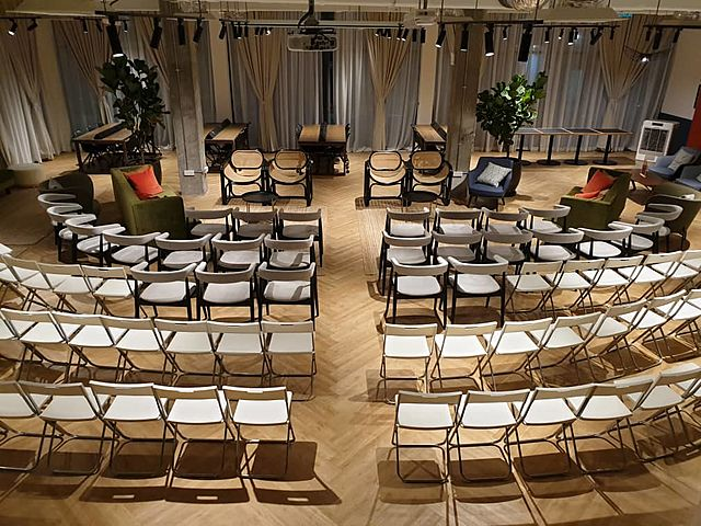 theatre seating style for training and seminar event