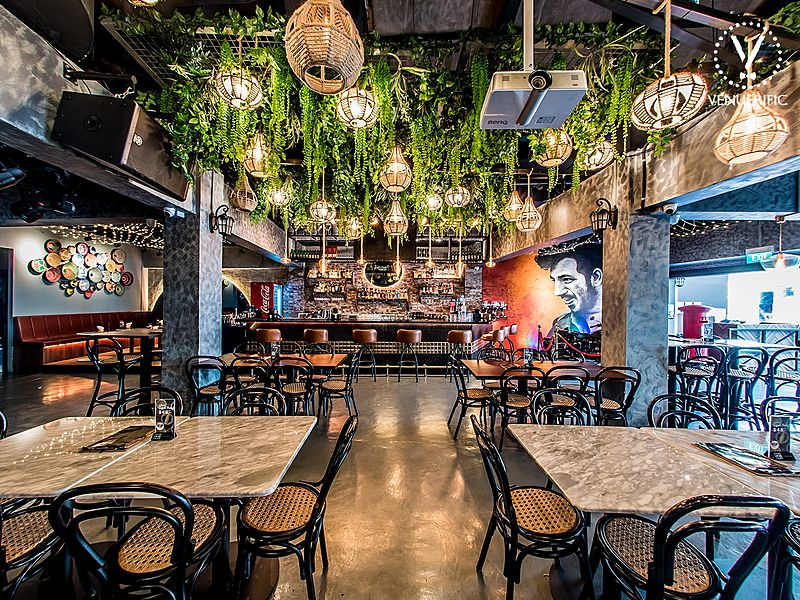 family friendly bollywood themed bistro at clarke quay