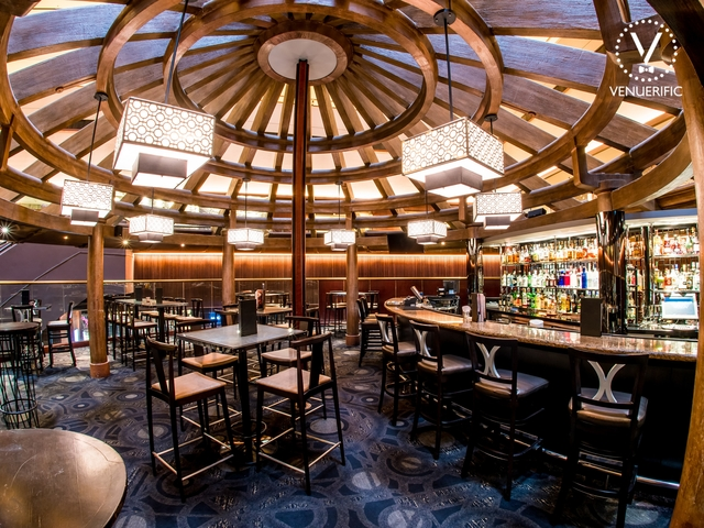 unqiue bar with round ceiling