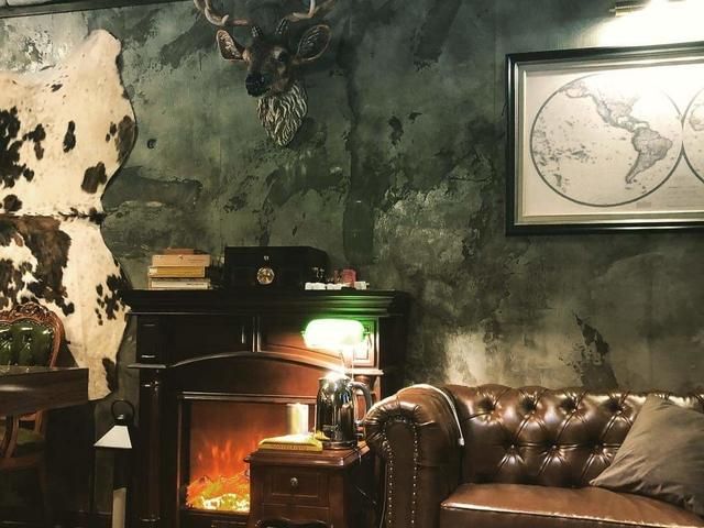 lounge sofa with fireplace setup