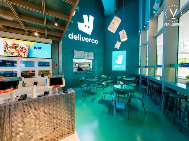 deliveroo-food-market-high-ceiling-venue-singapore