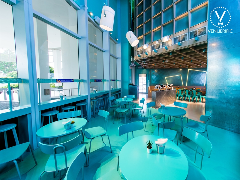 deliveroo-food-market-small-venue-for-christmas-party-singapore