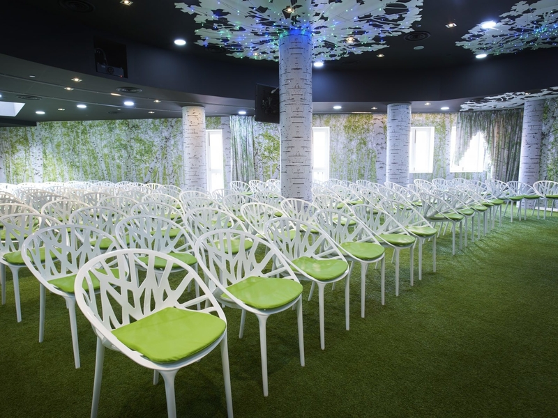 forest theme room with 120 capacity for business seminar