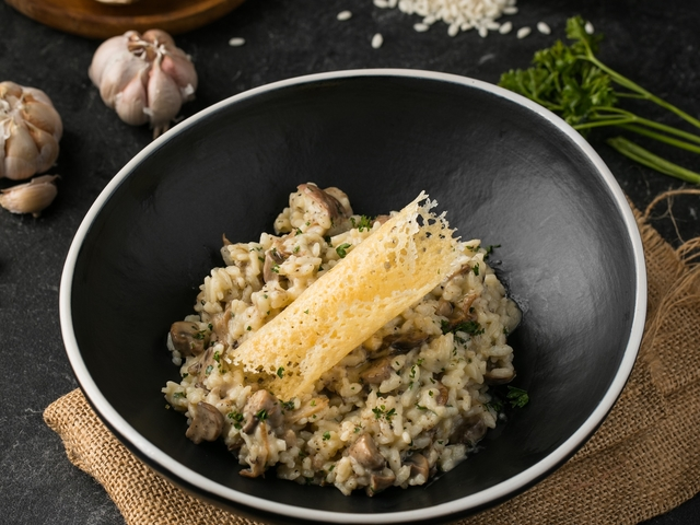 liberta-italian-restaurant-jakarta-recommended-place-for-romantic-dinner-venuerific