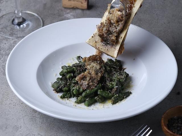 liberta-italian-restaurant-jakarta-affordable-birthday-space-venuerific