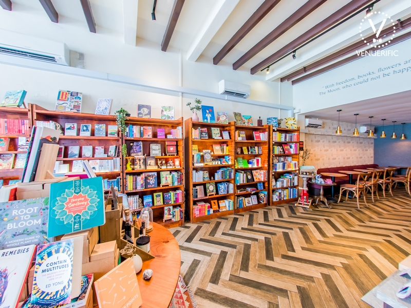 singapore bookstore with arrow patterned floors