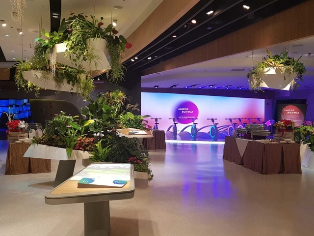 studio with digital attraction for 400 pax and family friendly venue
