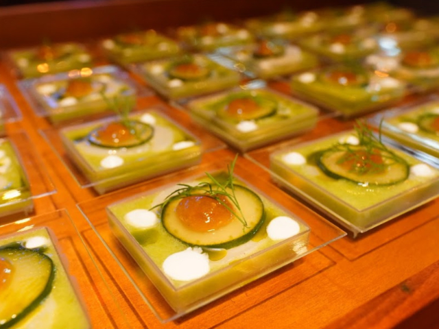hokkaido scallop appetizer served in glass plates