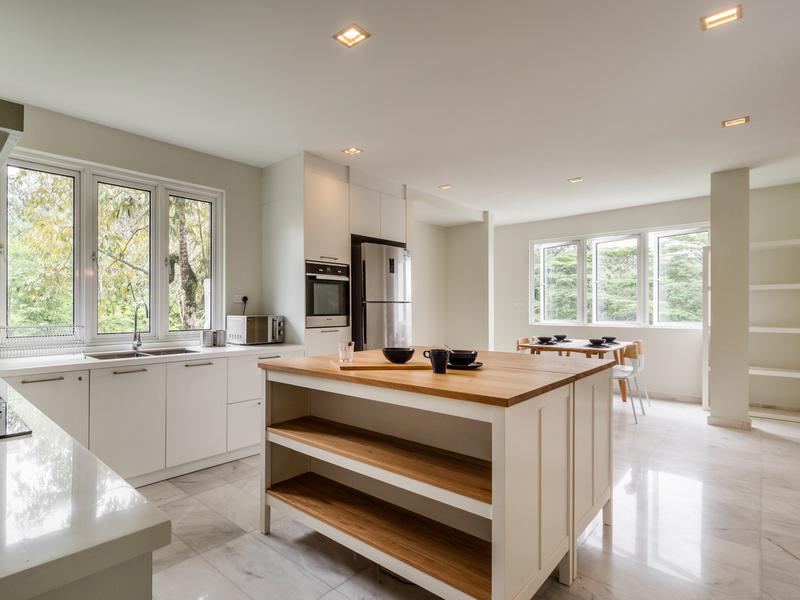kitchen area of changkat duta luxury villa