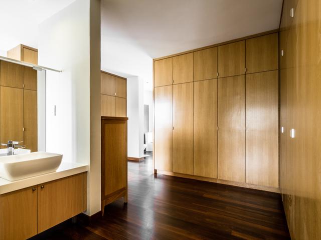 bathroom inside the bedroom area