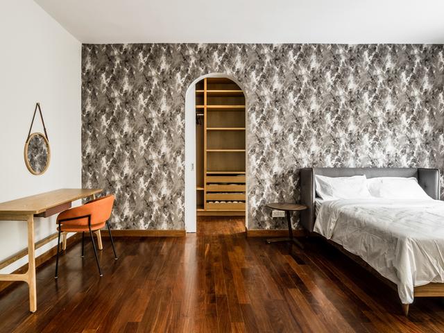 rustic bedroom wallpaper with wooden floor