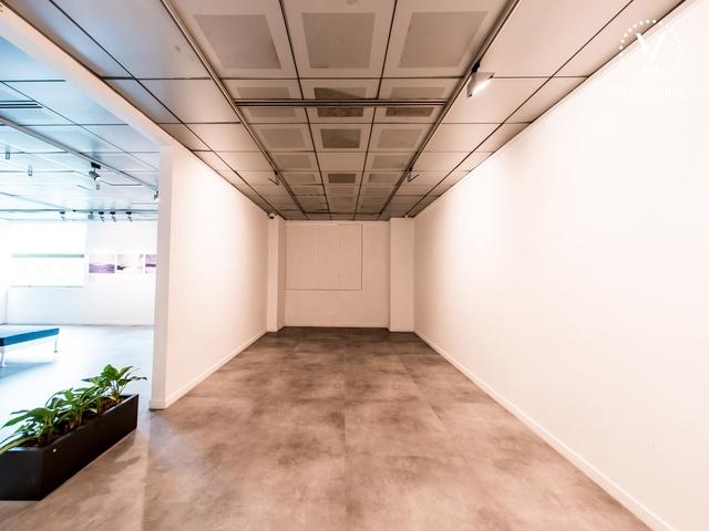 the corner of la galerie of alliance francaise de singapour