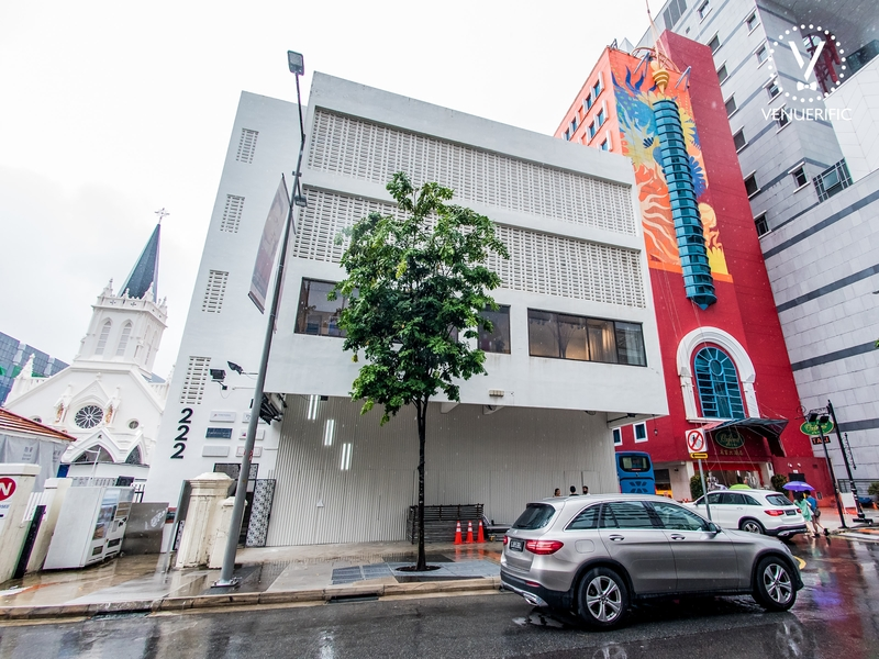 the white building of 222 arts club by kilo group