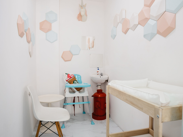 simple nursery room with paste colour decoration