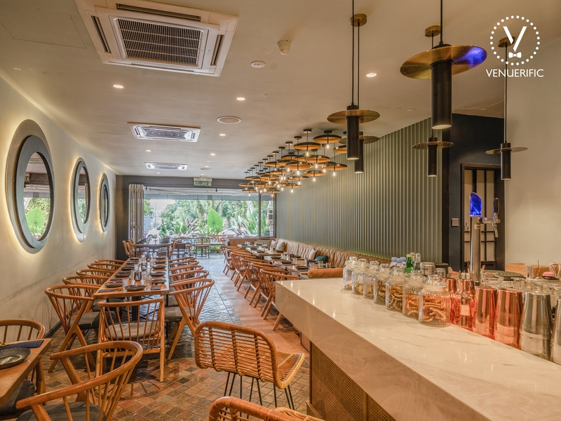 restaurant with 60 capacity with small bar