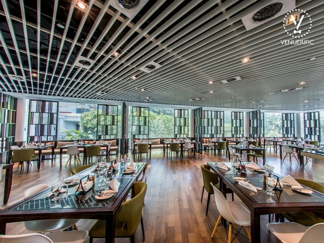all day dining restaurant with the view of sentosa