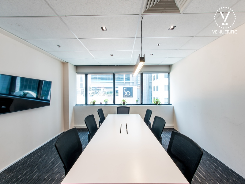 meeting room for 8 persons with lcd tv for presentation