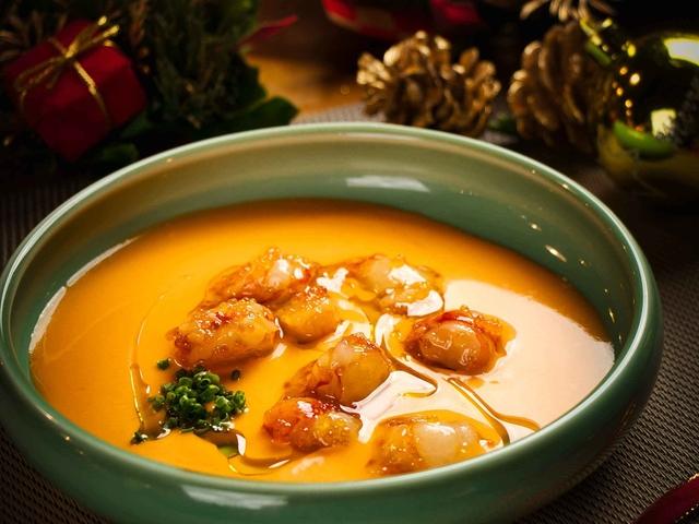 spanish food gazpacho in ola cocina del mar singapore
