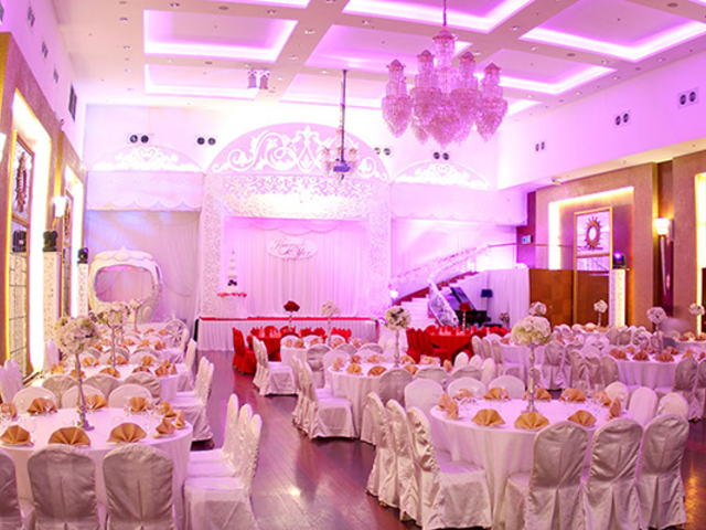 grand ballroom with soaring ceiling, splendid, and contemporary design