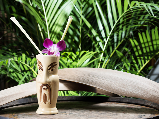 cocktail drinks served like in a Hawaiian drink