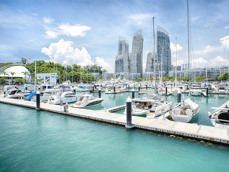 several yacht in singapore port as prewedding venue