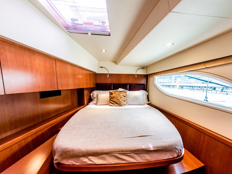 singapore large yacht with medium bedroom and long window