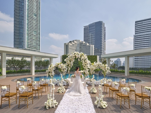 Azure%20wedding%20with%20bride medium