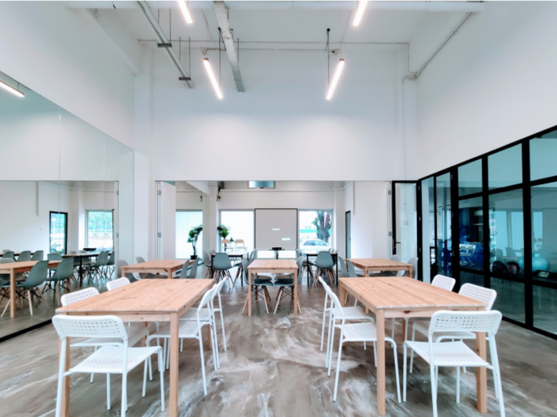large share desk area in singapore coworking space