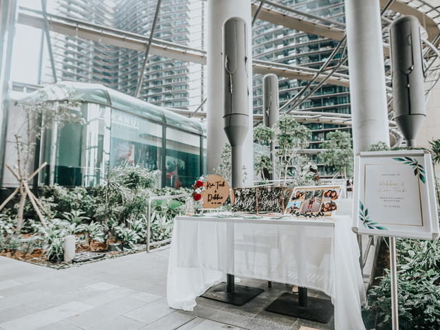 glass roof wedding venue in singapore with plants surround