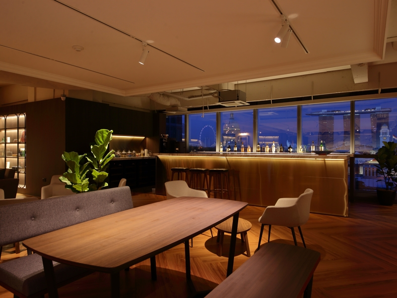 media gathering venue in singapore equipped with mini bar and marina bay views