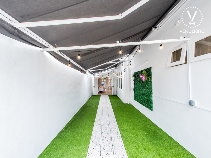 grass floor and fairy lights in singapore wedding hall