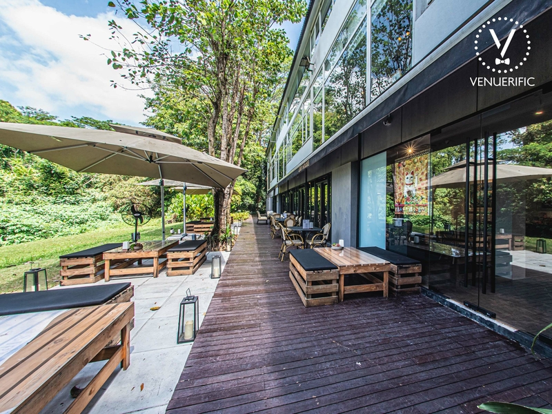 restaurant with outdoor and garden space