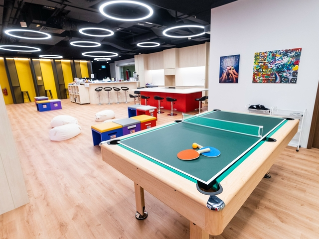 table tennis and mini bar inside singapore birthday venue