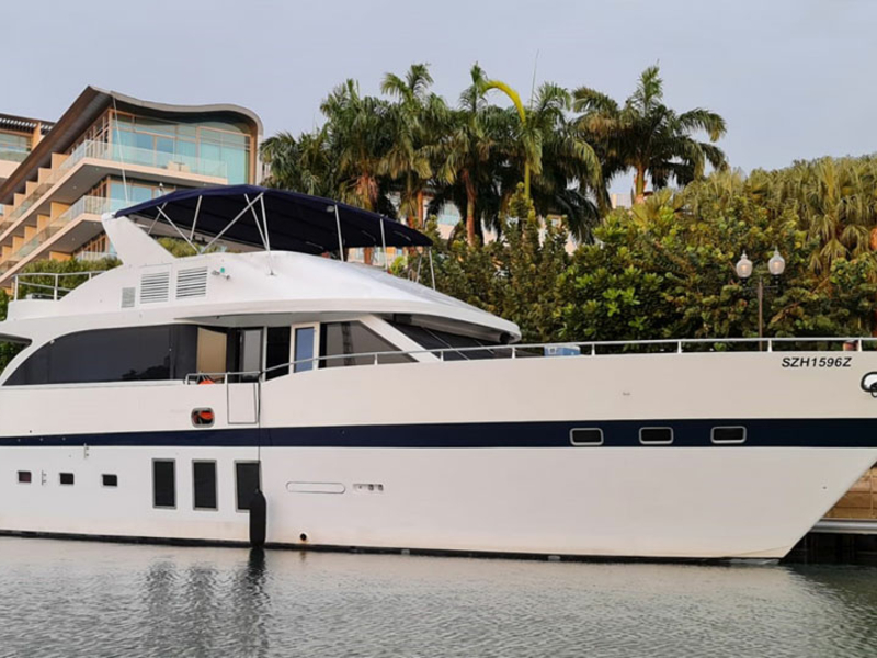large romantic dining yacht in singapore with white interior