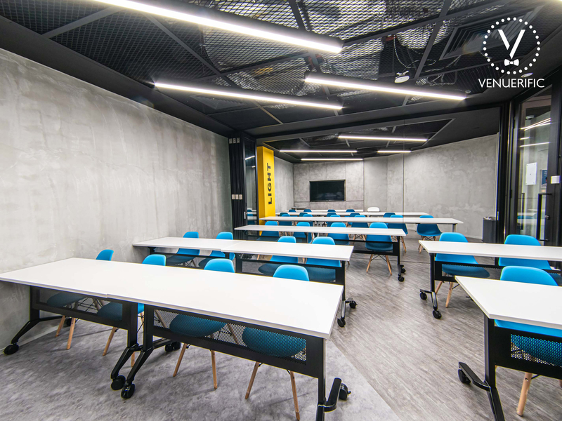 corporate seminar with classroom seating style