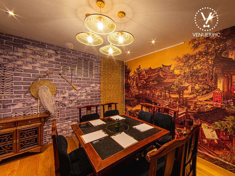 martial art chinese theme room called the sword