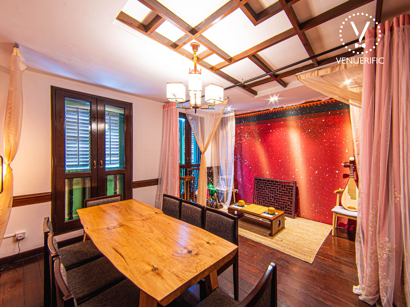 private room with chinese interior and backdrop