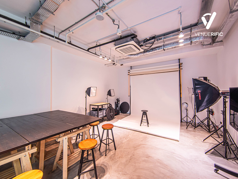 multimedia studio eqquiped with backdrop and photography equipment