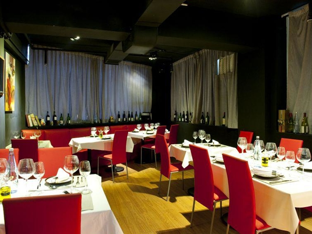 Sabor private kitchen cuisine cheung building small wedding reception space sheung wan hong kong venuerific medium